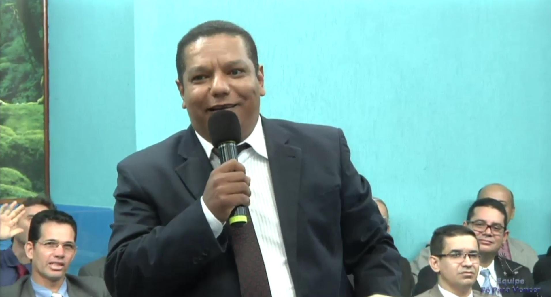 Pr. Boaz Lopes - Goiânia-GO